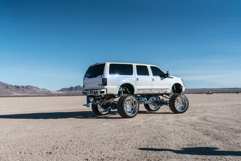 @lady_luck_excursion v.2 2016 @Ford Excursion Conversion 30x16 #GENESIS CONCAVE 42x16.5r30 @FuryOffroadTires-28.jpg