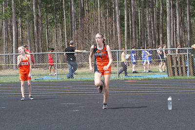 Girls' 1600 Meter Relay - 2013 Brethren Invite