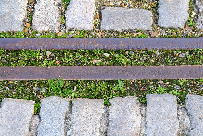 Path and Rails~5524-1.