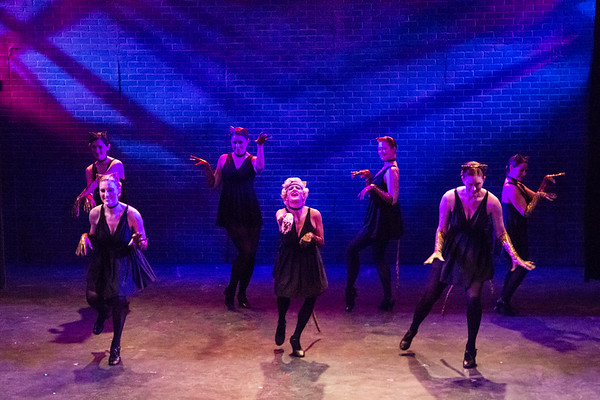 Bullets over Broadway Act 1