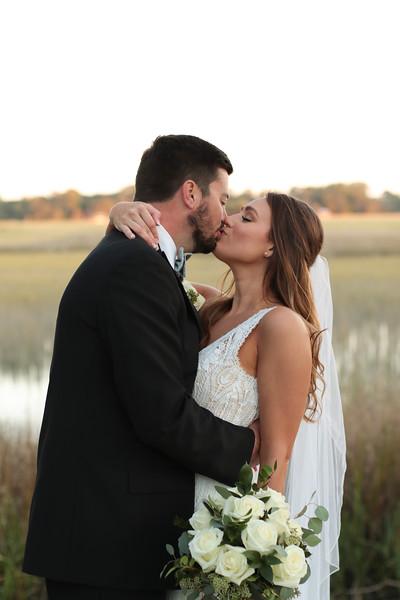 Elegant-Southern-Coastal-Wedding-Neutral-And-White-Details-Photography-By-Laina-Dade-City-Tampa-Area-Wedding-Photographer-Laina-Stafford--42.jpg