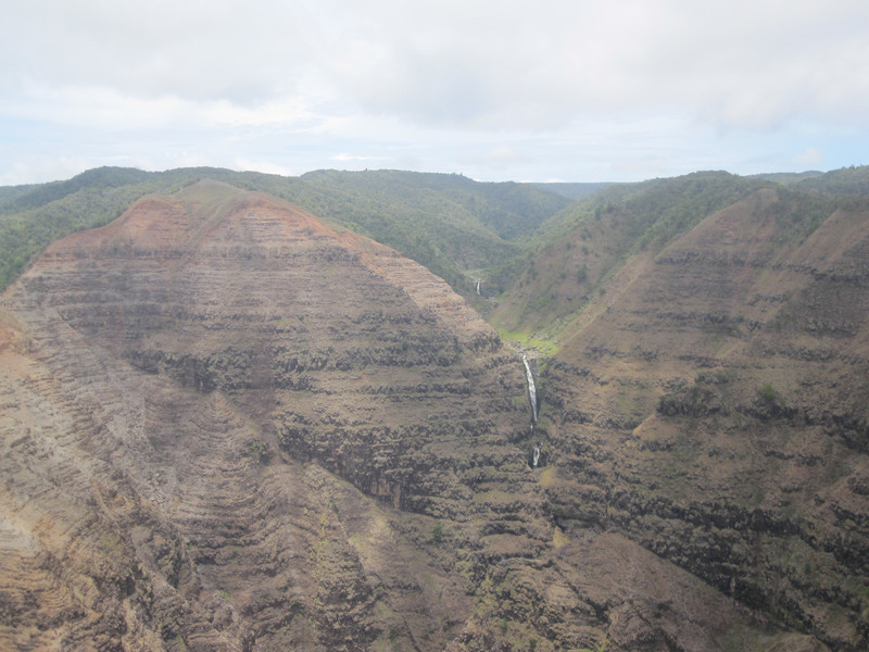 2009 07 25 Kauai Blue Hawaiian Helicopters 020.jpg