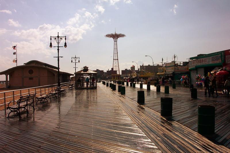 Wren Visit in NYC & Coney Island 2010 (139).jpg