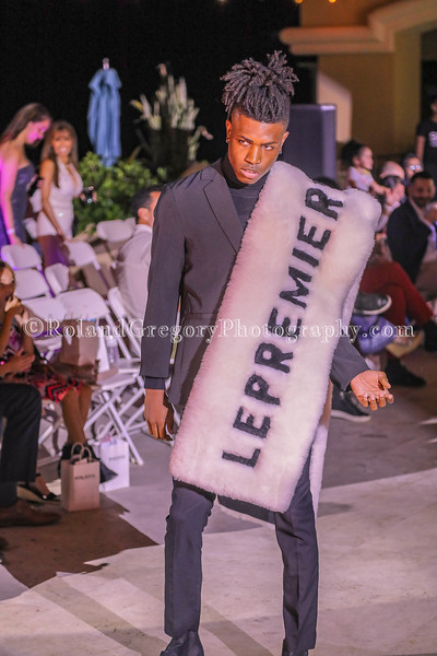 Fashionweek 2019-3784.jpg