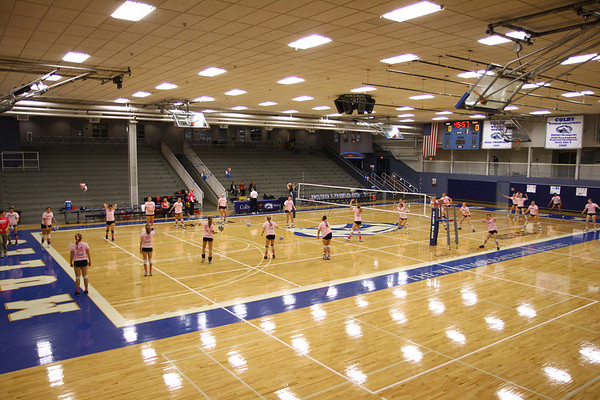 Colby Womens Vollyball Vs Trinity College