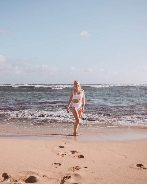 Hawaii - Madeleine Russick at Cromwells-16.jpg