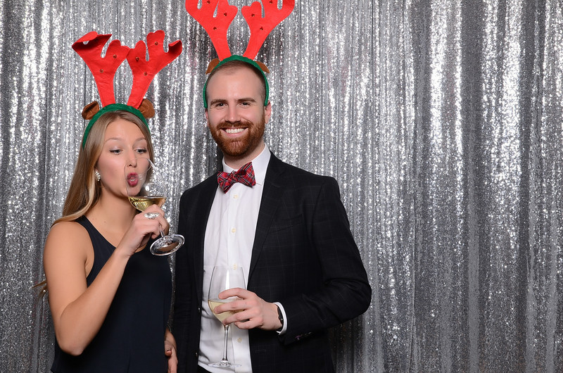nwg residential holiday party 2017 photography-0066.jpg