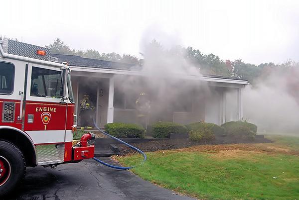 ACW-Best Western Motel fire Salem NH 10-3-09