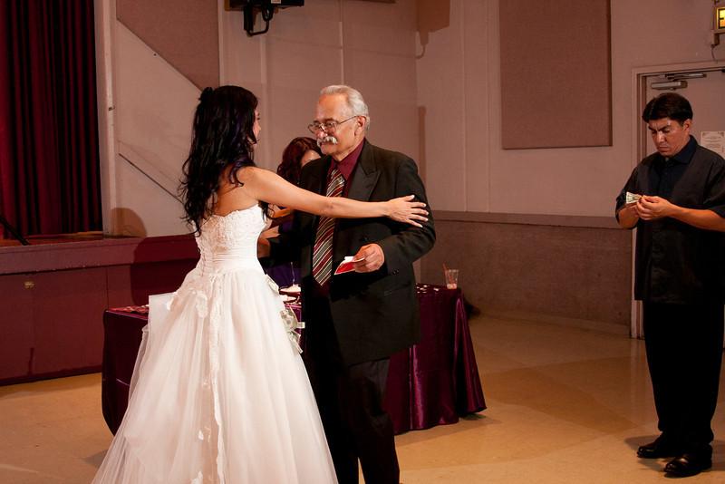 2011-11-11-Servante-Wedding-606.JPG