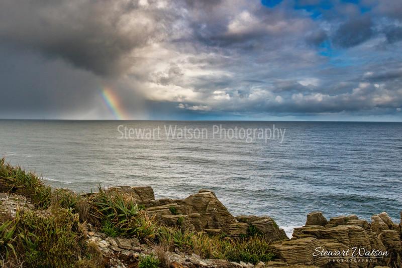 Punakaiki Pancake Rocks rainbow