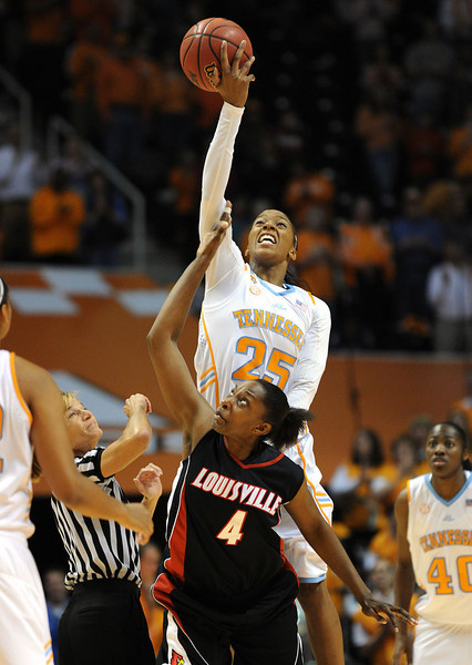 UT Lady Vols vs Louisville '09