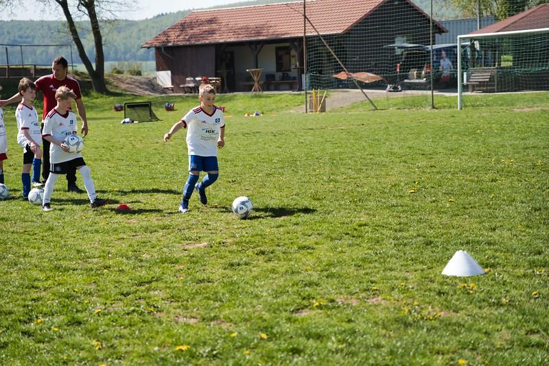 hsv-fussballschule---wochendendcamp-hannm-am-22-und-23042019-y-19_32787663777_o.jpg