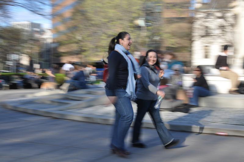 photo walk 4-3-09 049.jpg