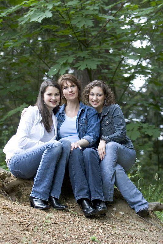 Family_T029.jpg