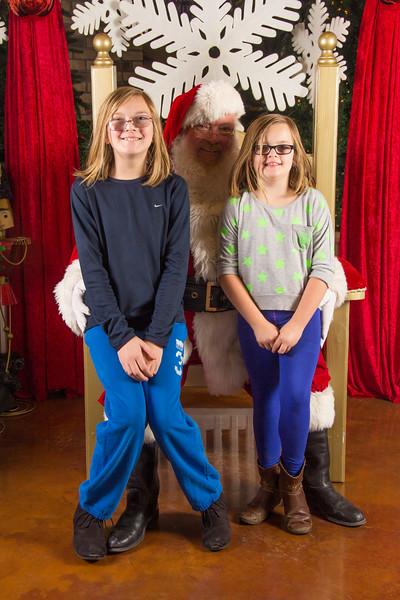 Santa 12-16-17-288.jpg