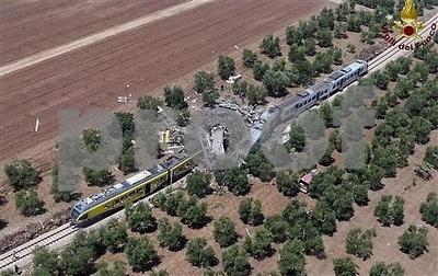 firefighters-a-dozen-dead-in-train-crash-in-southern-italy