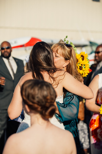Kevin and Hunter Wedding Photography-9050175.jpg