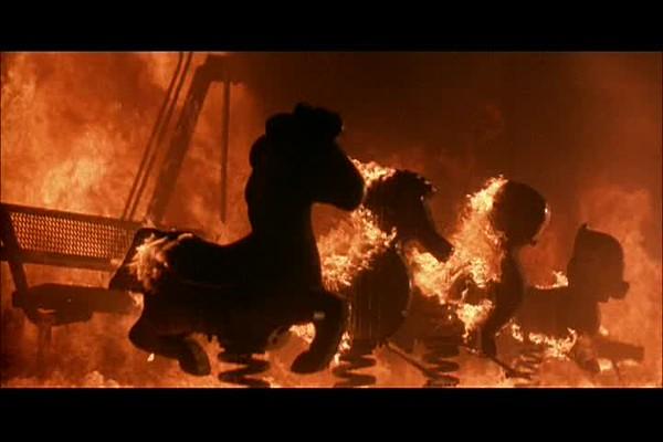 Terminator2_TitlesInFlames_03-42.avi