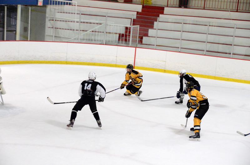 140913 Jr. Bruins vs. 495 Stars-188.JPG