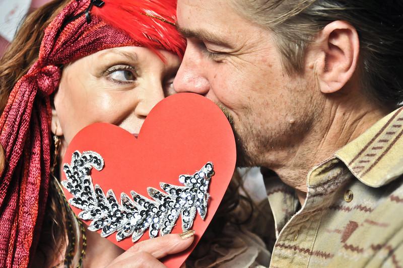 Ross Akard Gallery Hello Love-5.jpg
