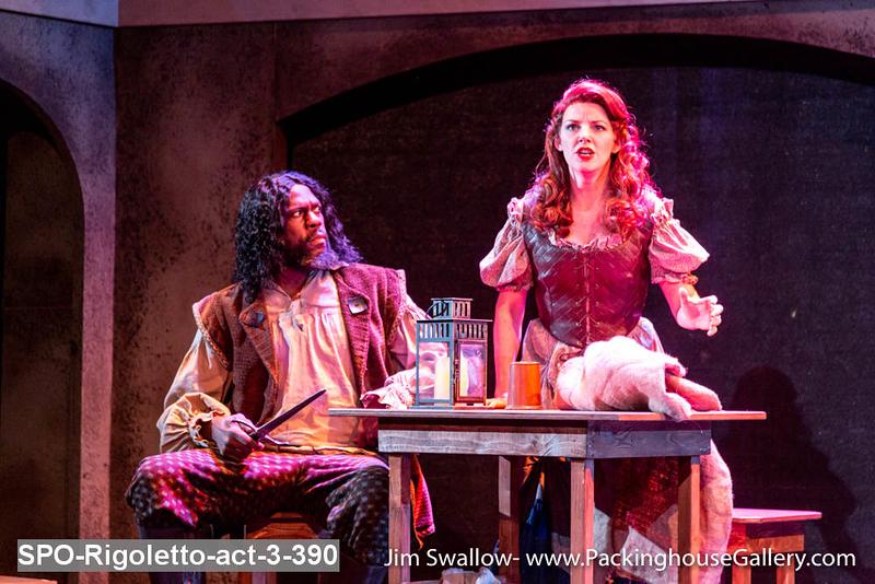 SPO-Rigoletto-act-3-390.jpg