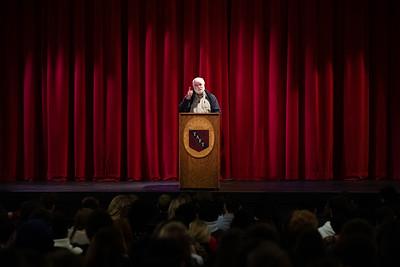 11/14/19: Father Greg Boyle visits Taft