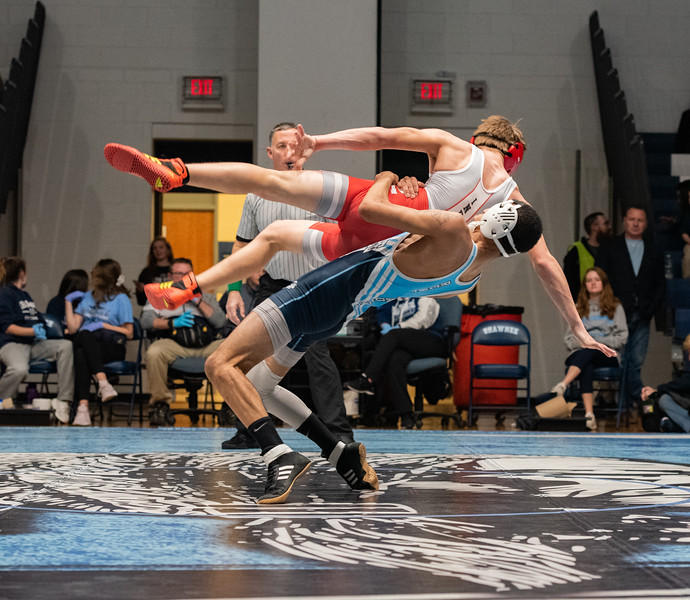 Wrestling vs Lenape (9 of 19).jpg