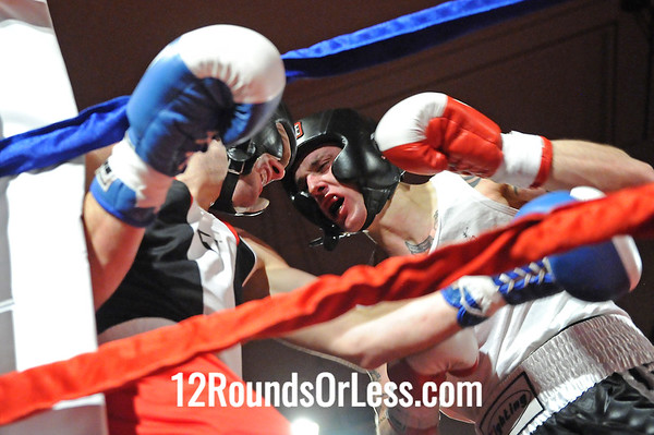 Bout 10 Mike Glennon, Team Energentics, Massillon -vs- Sean Serfass, Evolve MMA, Wadsworth, 152 lbs, Novice