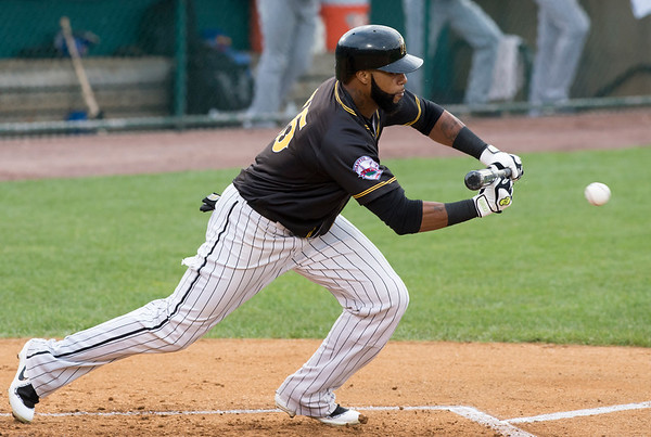 08/13/19 Wesley Bunnell | Staff the New Britain Bees vs the High Point Rockers at New Britain Stadium on Tuesday August 13, 2019. Darren Ford (15) with a bunt for a single.