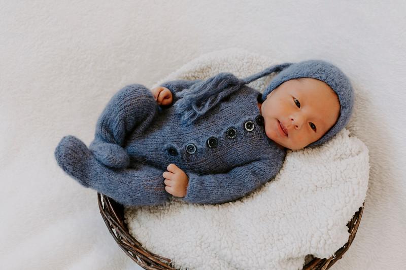 newborn-harrison_12.jpg