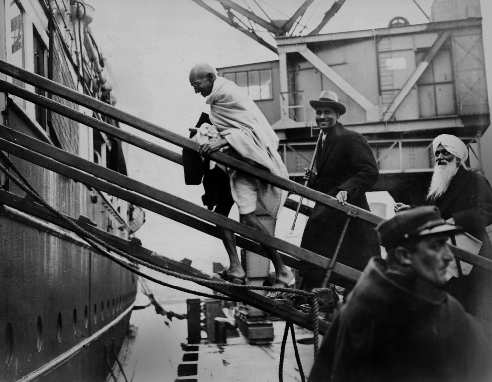 . Mahatma Gandhi leaving France en route to the Second Round Table Conference on Dominion Status for India (September - December 1931) in London. (AP Photo/James A. Mills)