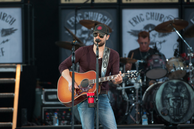 Eric Church No Shoes 13-156.jpg
