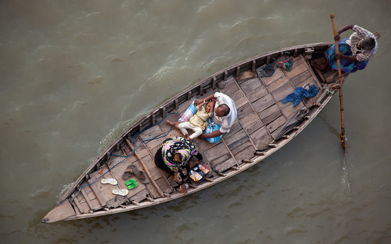 Life along the Buriganga River in Dhaka, Bangladesh