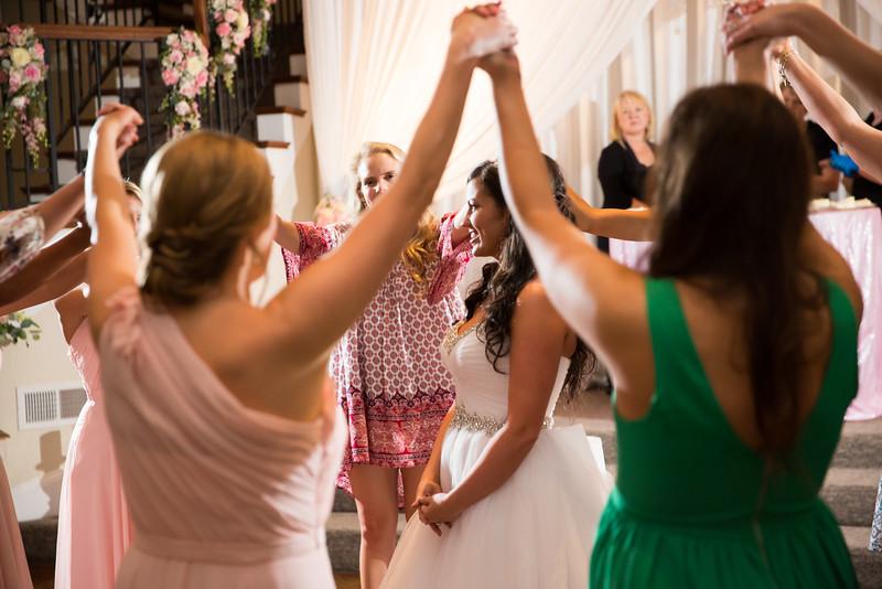 0975_Josh+Lindsey_Wedding.jpg
