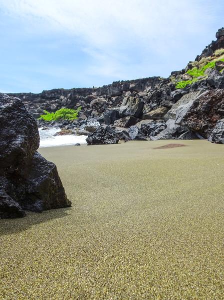 Papakolea Beach at Mahana Bay