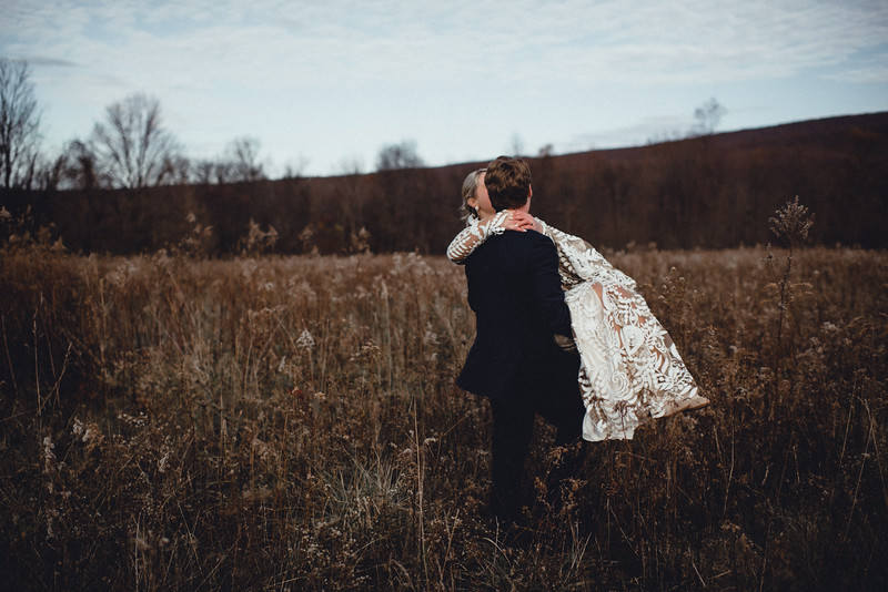Requiem Images - Luxury Boho Winter Mountain Intimate Wedding - Seven Springs - Laurel Highlands - Blake Holly -913.jpg