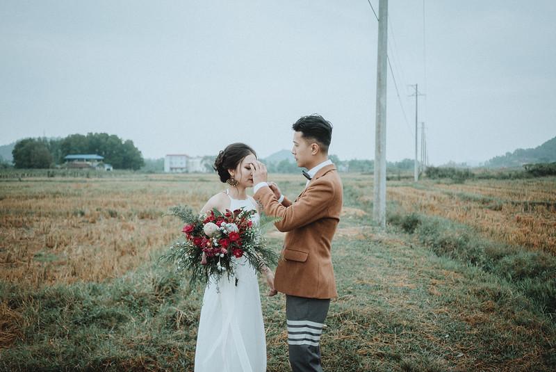 Tu-Nguyen-Destination-Wedding-Photography-Elopement-Vietnam-Pali-Louis-w-107.jpg