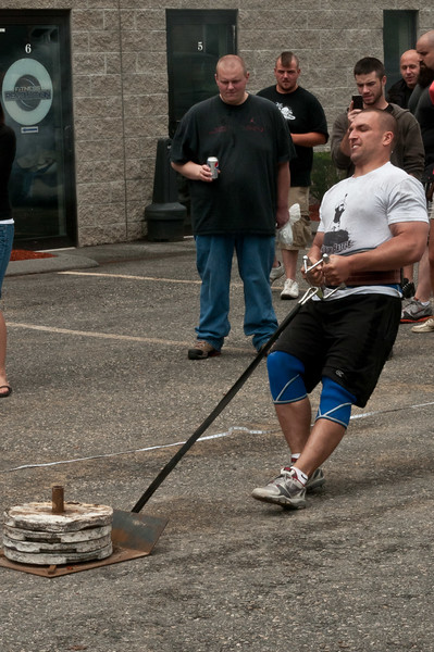 Fitness Revolution Strongman Challenge 2011_ERF4243.jpg