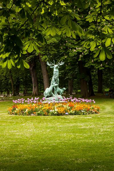 Paris-Luxembourg-Statue-IMG_2767.jpg