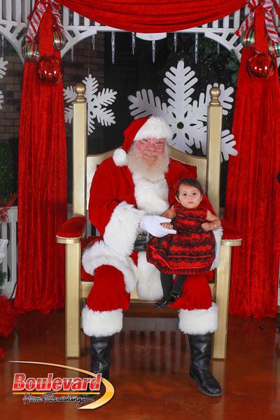 Santa 12-10-16-344.jpg