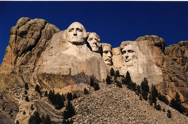 Yellowstone - MT Rushmore 2001