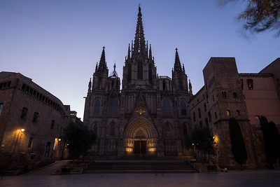 Barcelona Cathedral sunrise