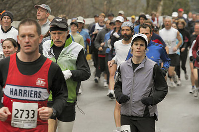 2005 Comox Valley Half Marathon - ComoxHalf2005-Al-Livsey-094.jpg