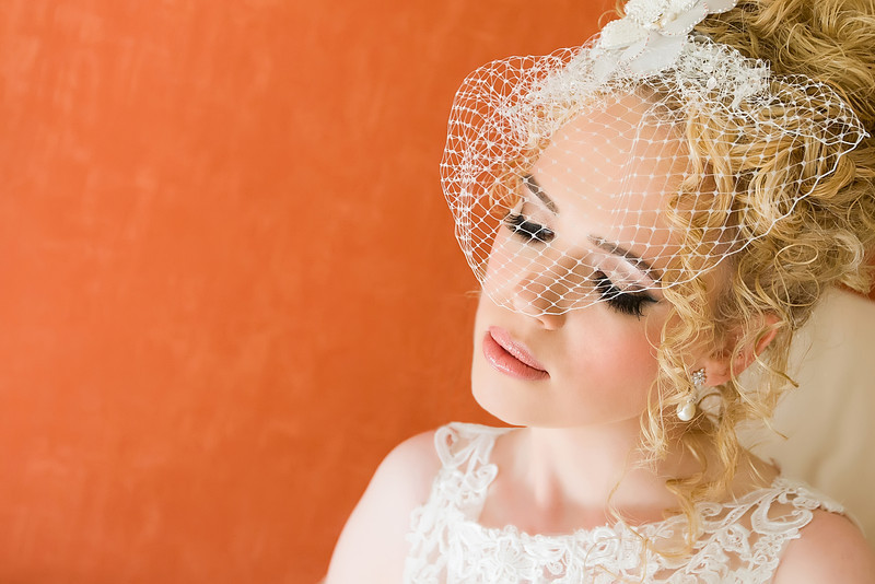face_veil_wedding_parris_photography.jpg
