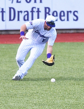 Crushers fall to Grizzlies for fifth straight loss