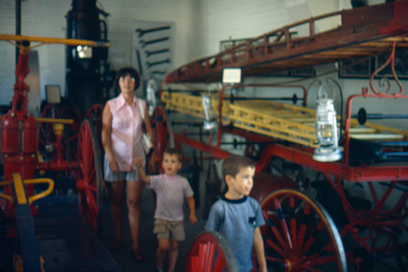 1973-09 - Pioneer Village - Jo, Jeff, Randy