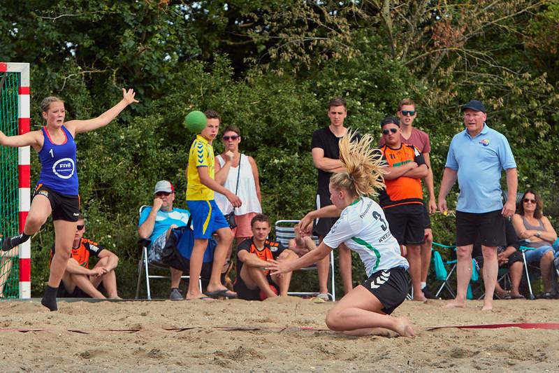 Molecaten NK Beach Handball 2015 dag 2 img 066.jpg