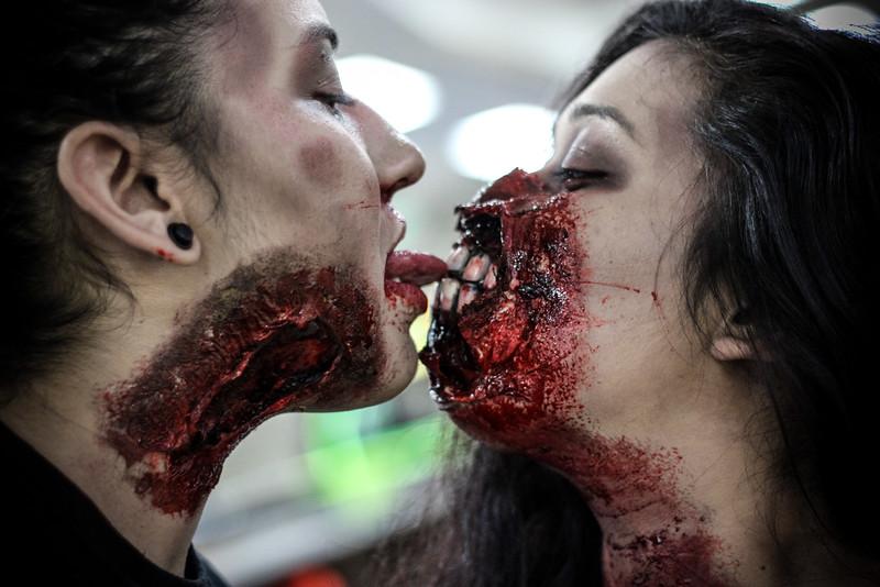 zombiebowling-1-4.jpg