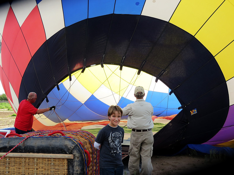 IMG_2148 inflating balloon with fan.jpg