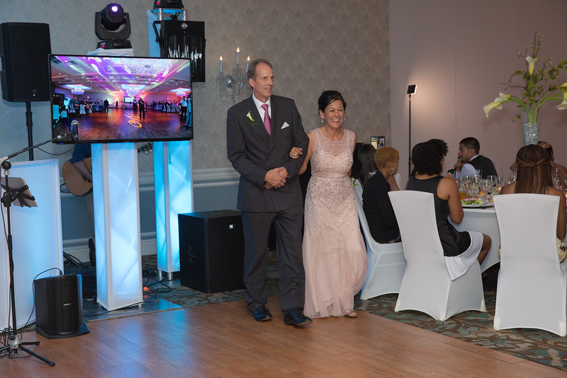 195_speeches_ReadyToGoPRODUCTIONS.com_New York_New Jersey_Wedding_Photographer_J+P (729).jpg